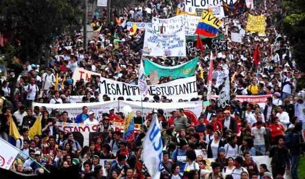 Estudiantes de universidades públicas se declaran en PARO INDEFINIDO   Noticias de Buenaventura, Colombia y el Mundo