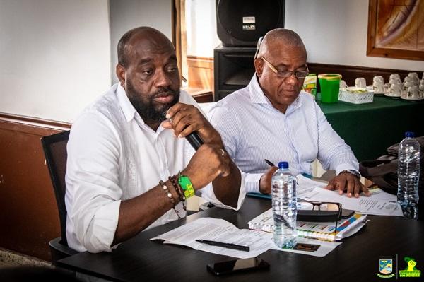 Alcalde y Secretariode Gobierno de Buenaventura
