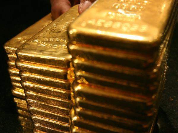 Venezuela negocia oro por liquez