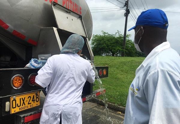 Secretaría de salud hizo control sanitario a carrotanques que envió el gobierno nacional