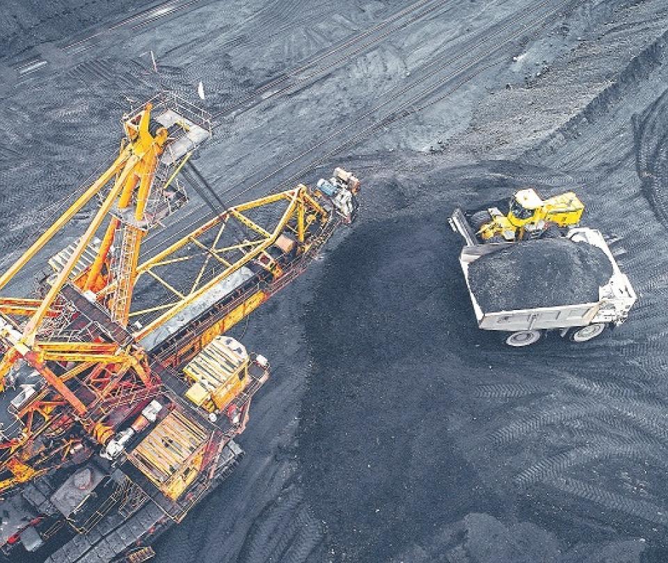 Decreto para blindar la minería | Economía