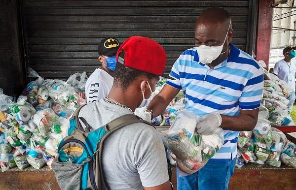 Alcalde brindó mercados a trabajadores portuarios ocasionales de Buenaventura