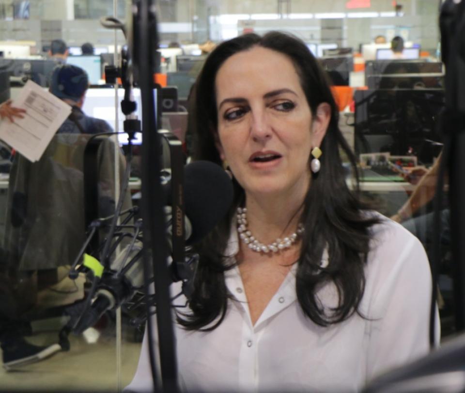 María Fernanda Cabal minimiza los riesgos del coronavirus - Congreso - Política | Últimas Noticias de Buenaventura, Colombia y el Mundo