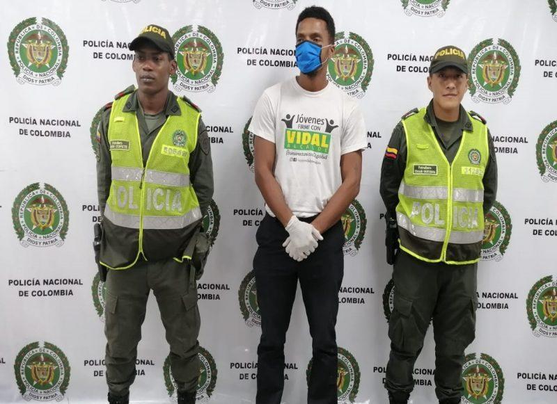 Casa por cárcel a hombre que agredió exsuegra y expareja en Buenaventura