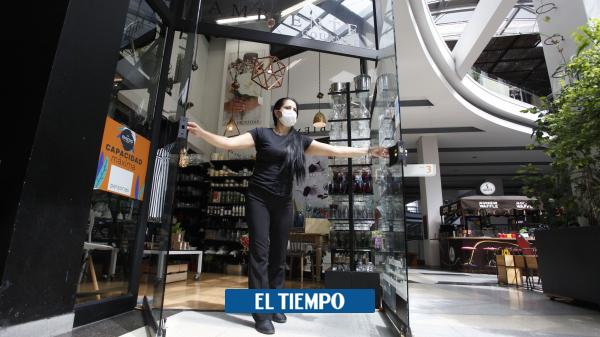 Con grandes expectativas abrieron tres centros comerciales en Medellín - Medellín - Colombia