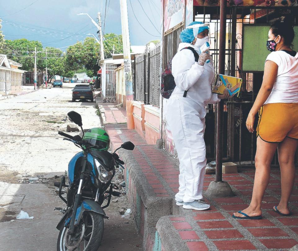 ¿Le llegó la hora a Colombia de una renta básica universal? | Economía
