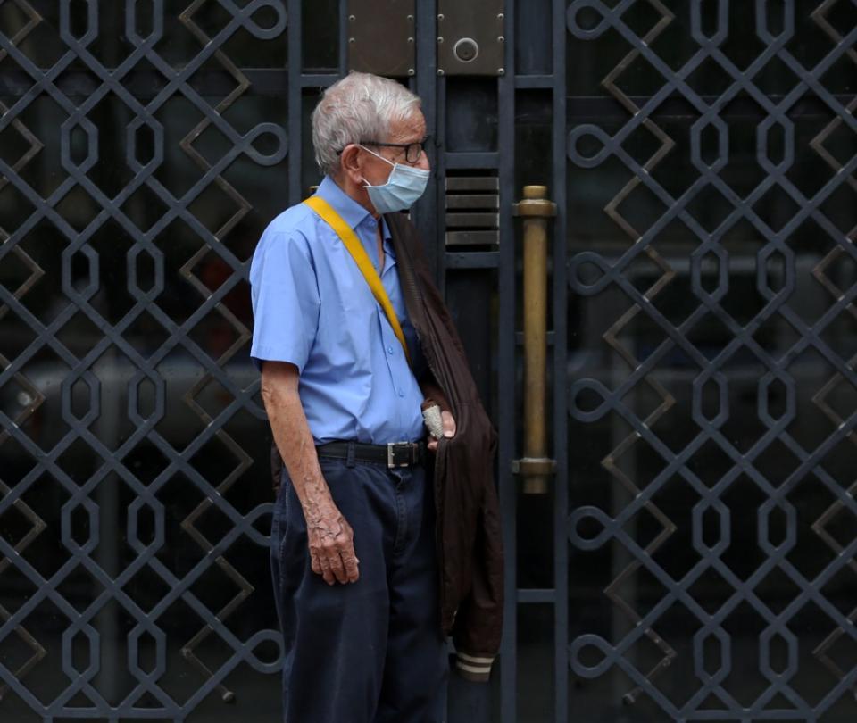 Cuarentena: hasta cuándo deberán los mayores de 70 años seguir en aislamiento - Gobierno - Política
