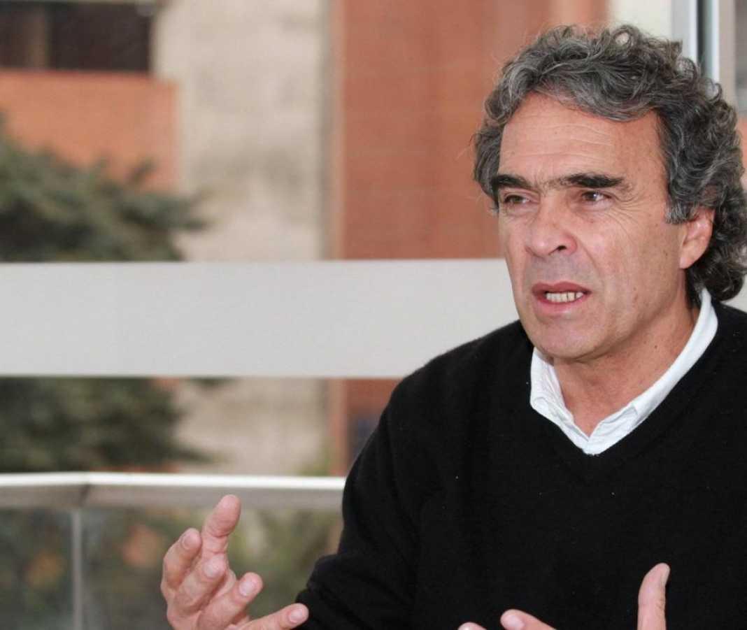 Sergio Fajardo le pide a Álvaro Uribe que se retire y habla de su campaña a la presidencia en 2022 - Partidos Políticos - Política