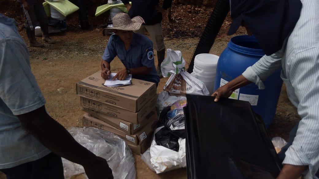 Familias campesinas del Cauca ubicadas en zona de amortiguación del Parque Nacional Natural Munchique reciben insumos para disminuir presión a las fuentes hídricas