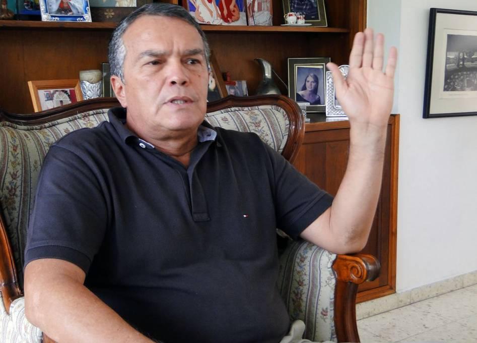 ¿Con los días contados? Óscar Martán, directivo de Cortuluá, habló del futuro de Jorge Enrique Vélez en Dimayor
