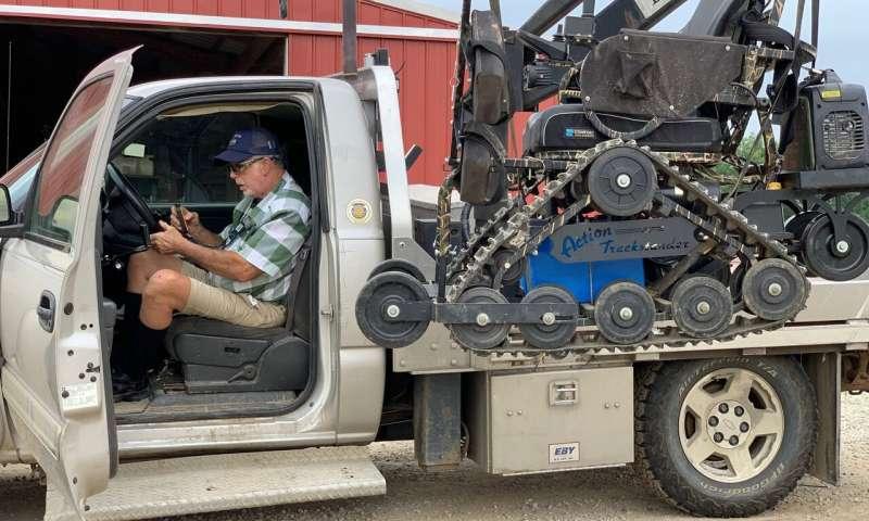 La tecnología, la ayuda temporal mantiene a los agricultores en el trabajo por más tiempo