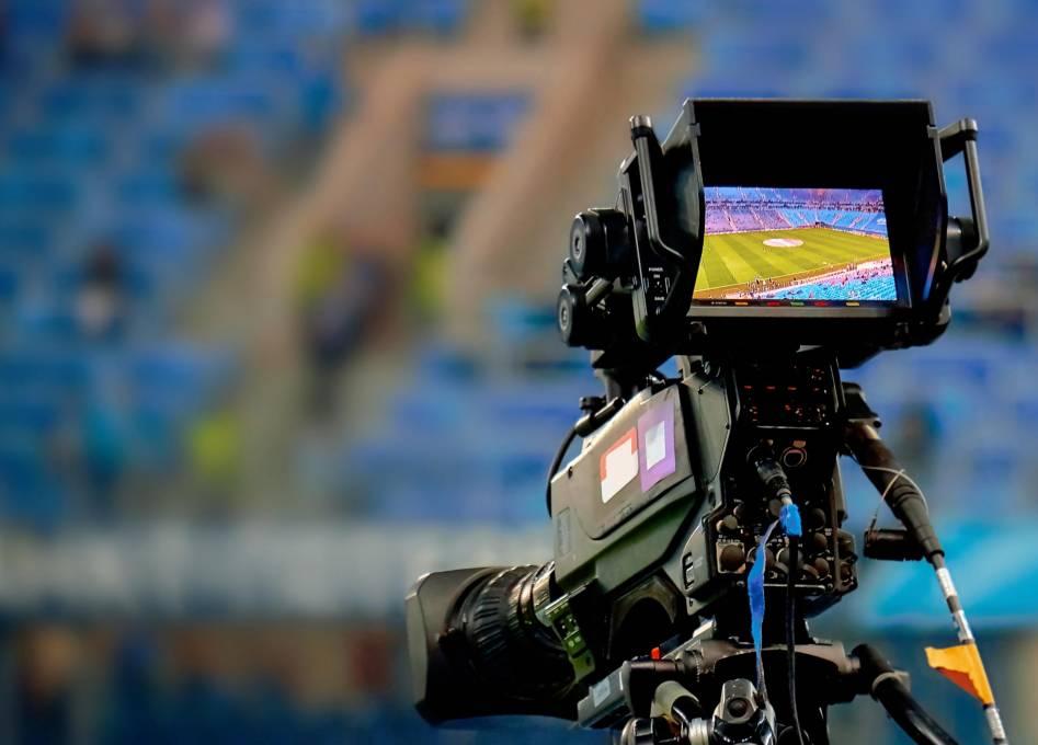 Los derechos de televisión, el tema que causa polémica y divide al fútbol colombiano