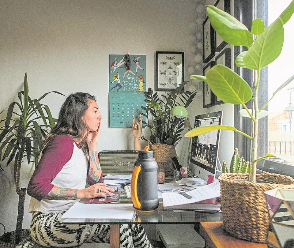Proyecto de ley de trabajo en casa: expertos dan sus claves | Economía