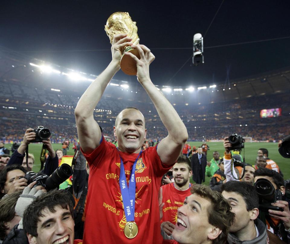 Recuerdo del título mundial de España contra Holanda en Sudáfrica 2010 - Fútbol Internacional - Deportes