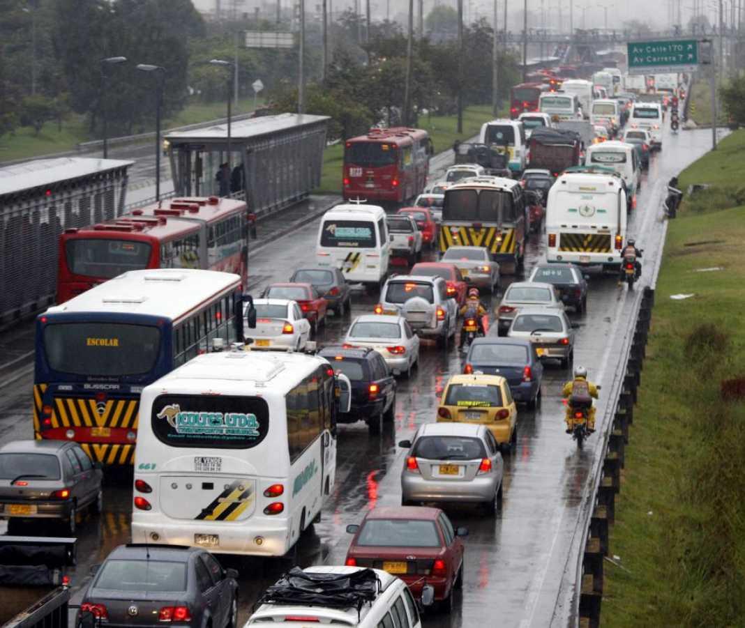 Sigue la deuda con Bogotá en la autopista Norte - Sectores - Economía