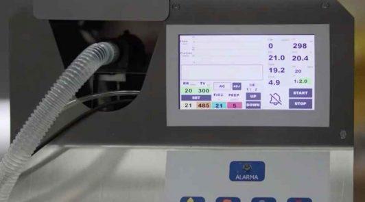 Tecnología chilena se adapta para fabricar respiradores mecánicos y aportar en la pandemia