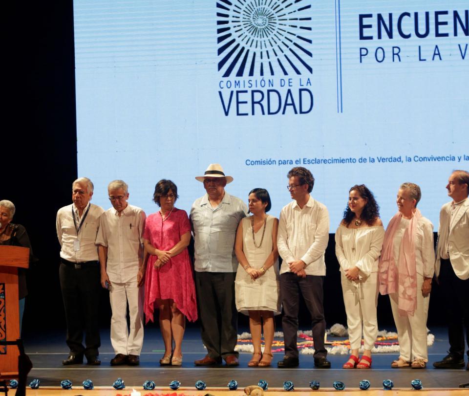 Violencia reproductiva durante el conflicto armado en Colombia - Proceso de Paz - Política