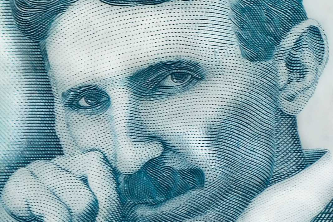 Quién fue Nikola Tesla: el 'científico loco' que pudo cambiar al mundo
