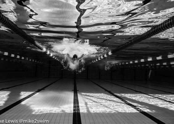 nadador Jonathan Gómez tras dar positivo por covid-19