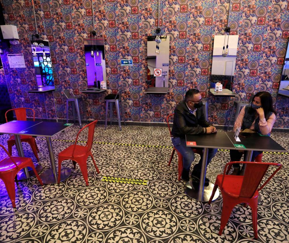 ¿Qué puede replicar Colombia de Europa para la reactivación de bares? | Economía