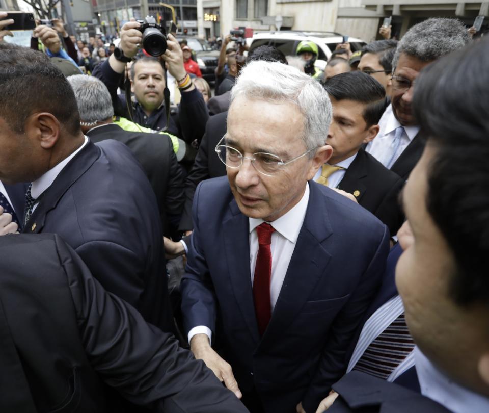Álvaro Uribe: Proceso debe ir a la Fiscalía o debe seguir en la Corte - Partidos Políticos - Política