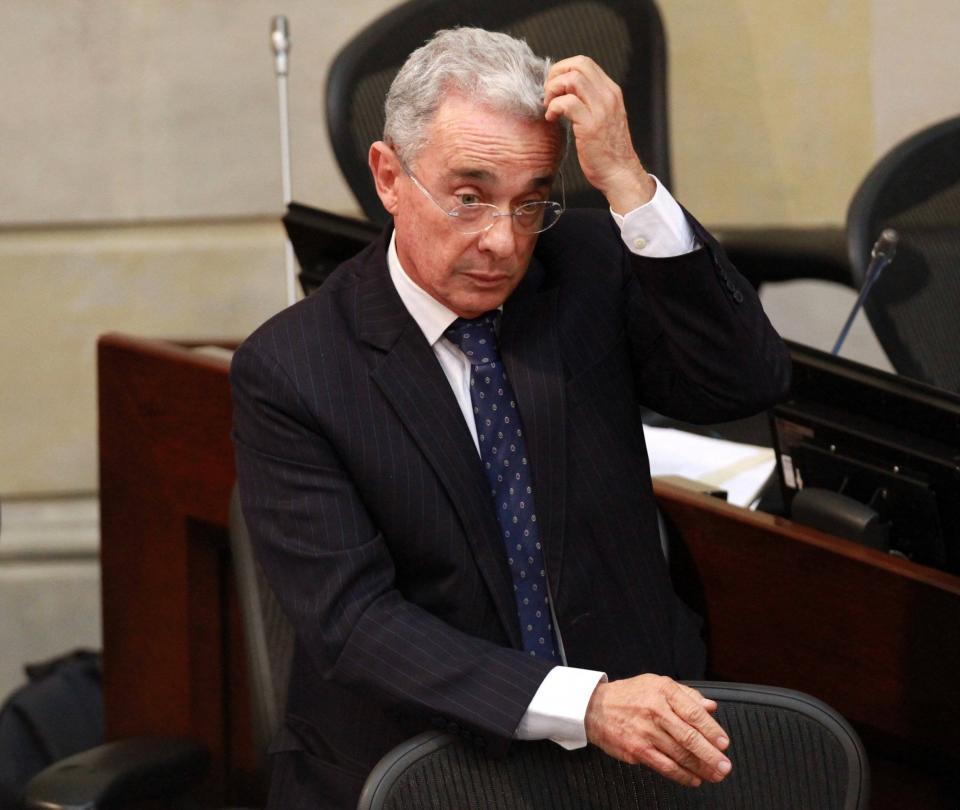 Álvaro Uribe: políticos reaccionan a medida de aseguramiento - Congreso - Política