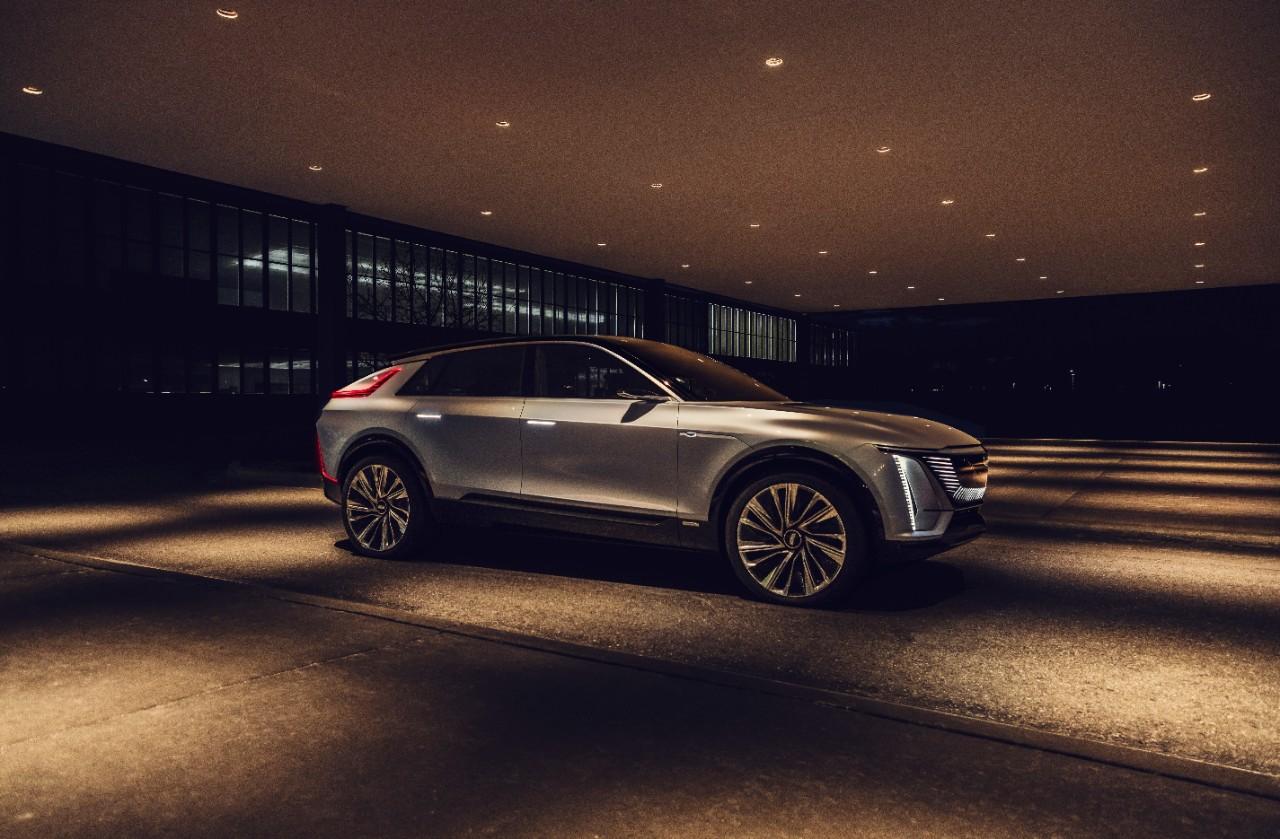 Cadillac presentó a medias su Lyriq eléctrico, mucha poesía y poca tecnología