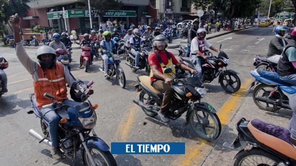 En operativo contra transporte ilegal lesionaron a policía y agente de tránsito - Cali - Colombia