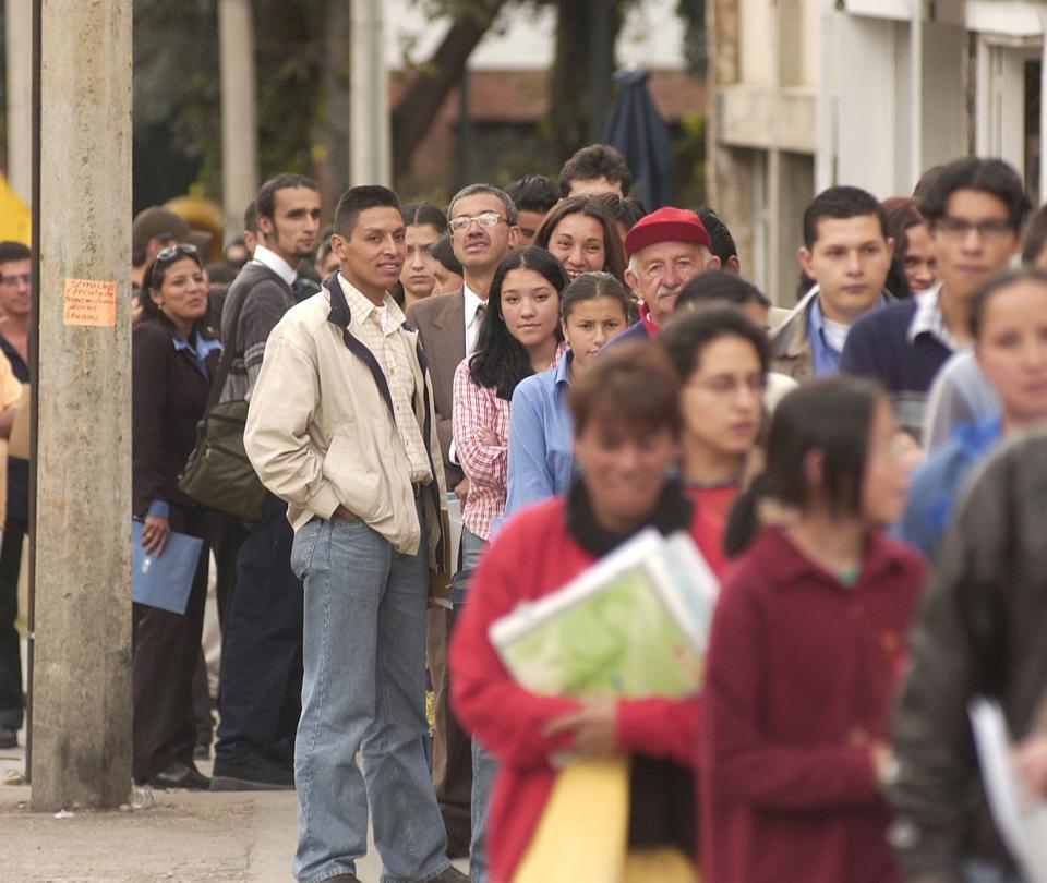Estos son los 10.000 nuevos empleos que Teleperformance ofrece para jóvenes - Sectores - Economía
