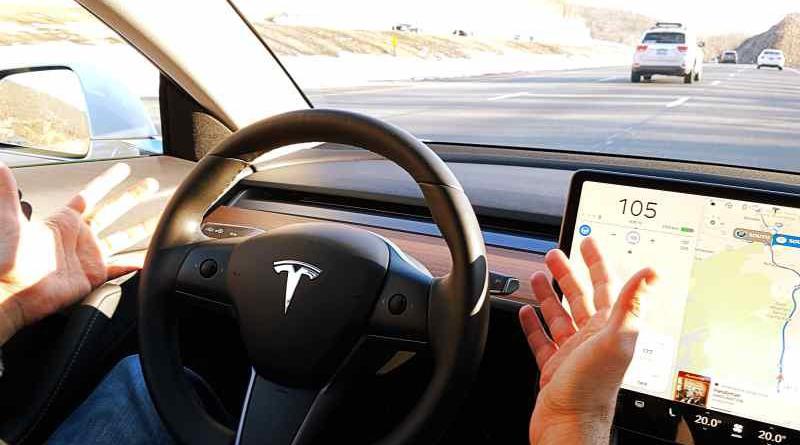 los números de Tesla, la marca de moda en el mercado estadounidense y en varias regiones del mundo, no están incluidos oficialmente porque es el único fabricante de automóviles que no ha otorgado la aprobación de JD Power para comunicarse con sus propietarios