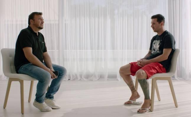 ¡Se queda! Lionel Messi le pone fin a la crisis con el Barcelona y anuncia que seguirá en el equipo