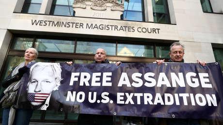 """Psiquiatra testifica que Assange sufre de depresión y existe un riesgo """"muy alto"""" de suicidio si es extraditado a EE.UU."""