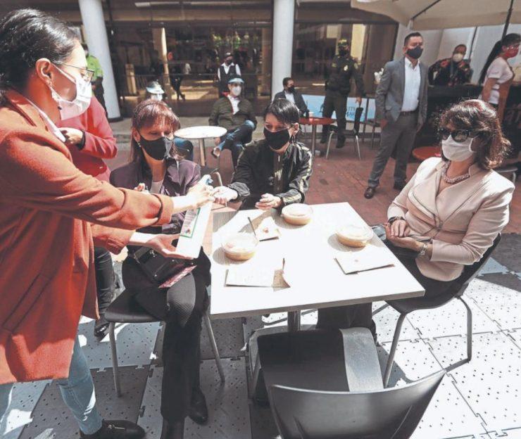 Ingredientes que debería tener el cóctel de reactivación económica de Bogotá | Economía