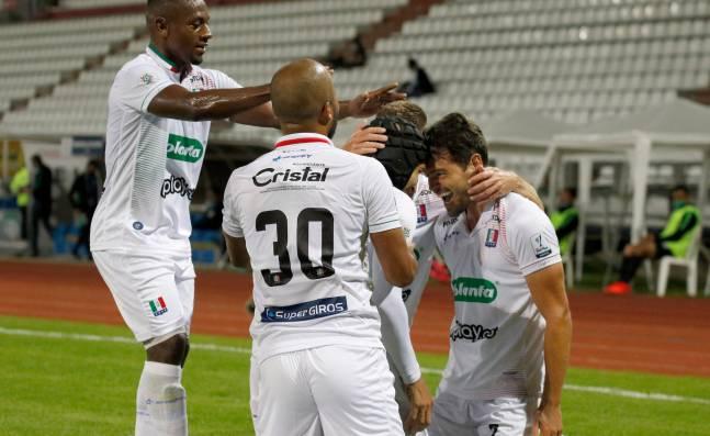 Once Caldas derrotó a Nacional y es líder parcial de la Liga