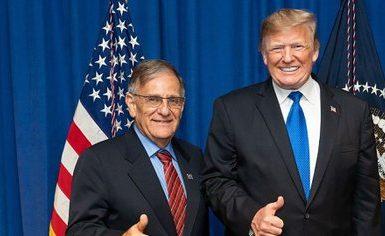 Ackerman con Trump