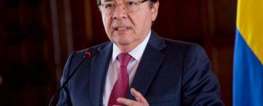 Sectores de oposición piden renuncia del ministro de Defensa - Congreso - Política