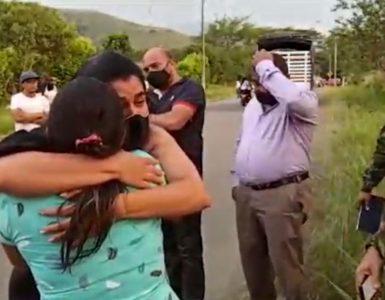 Tristeza en sepelio de mujer asesinada por un soldado en el Cauca - Cali - Colombia