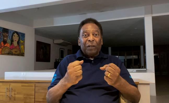 ¡A los pies del Rey! El mundo del fútbol felicita a Pelé por su cumpleaños número 80