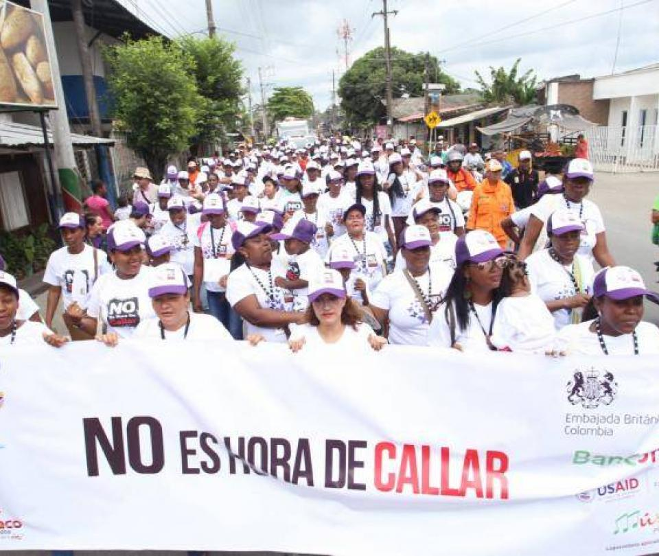 ¿Por qué una mujer les habría pegado a sus padres y a su hijo pequeño? - Cali - Colombia