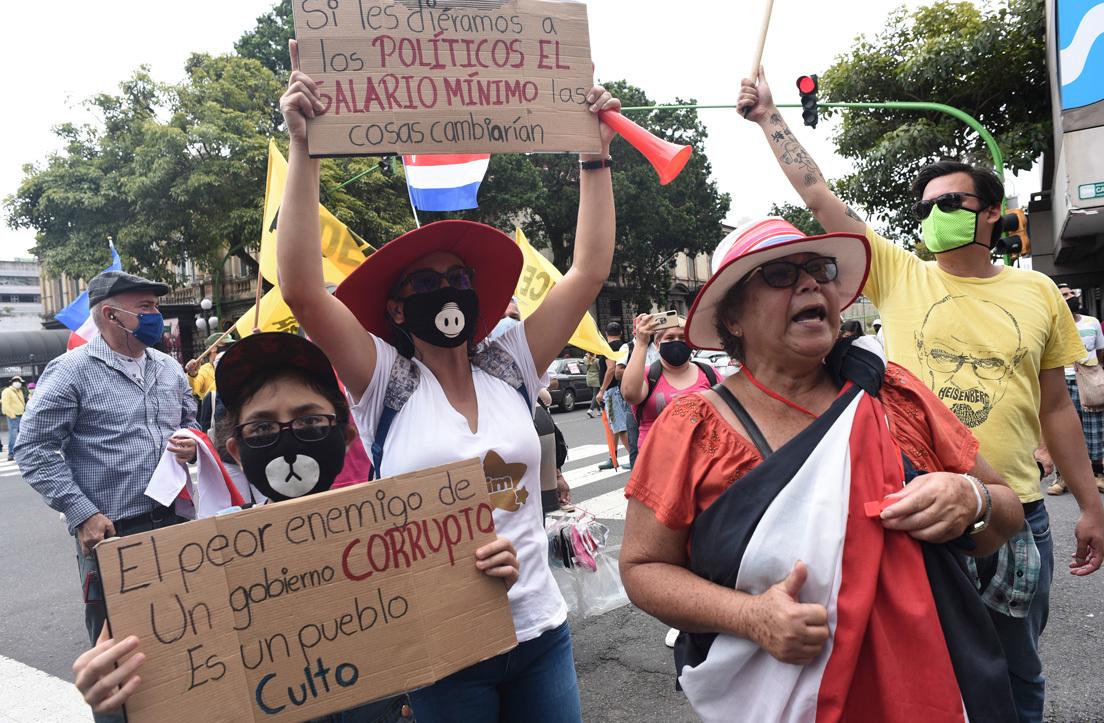 ¿Qué pasa en Costa Rica, el país conocido como la 'Suiza centroamericana'?