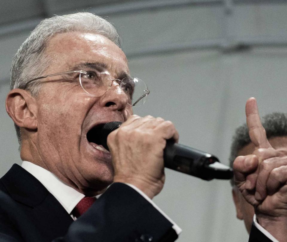 ¿Uribe elige a Petro de contrincante para las elecciones presidenciales de 2022? - Partidos Políticos - Política