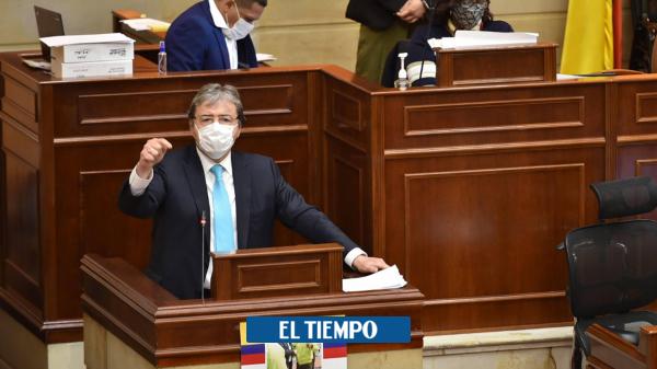 Carlos Holmes agradeció a la Cámara, tras superar moción de censura - Gobierno - Política