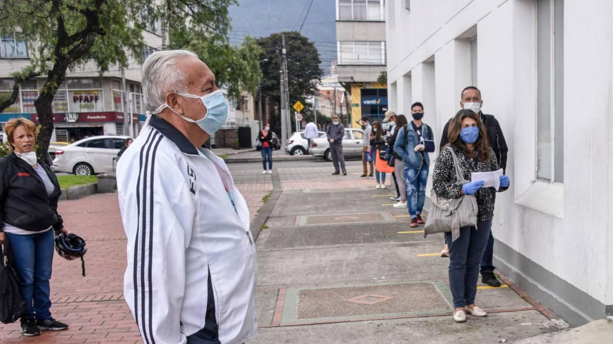 El Ministro de salud Fernando Ruiz y el consultor de las Naciones Unidas, Francisco Becerra advirtieron sobre la importancia de las medidas de prevención