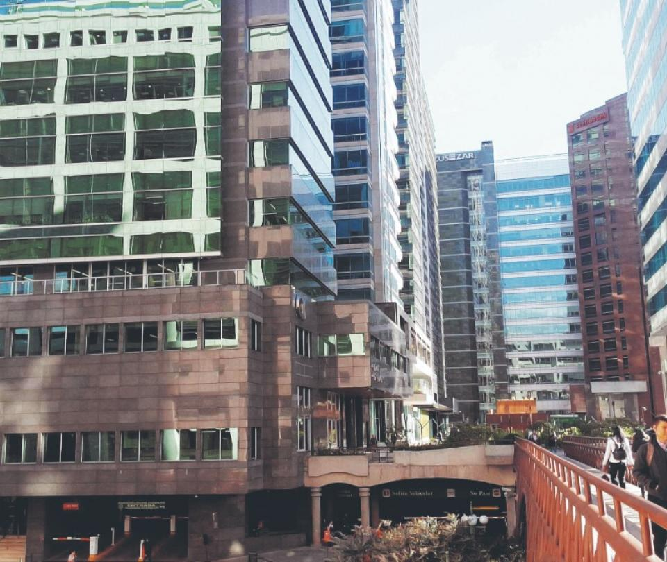 El mercado de las oficinas de alta gama, con signos estables | Economía