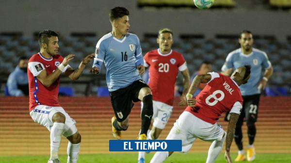 Eliminatorias. el penalti que no le pitaron a Chile en el juego contra Uruguay - Fútbol Internacional - Deportes