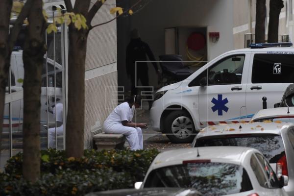 Europa opta por confinamientos leves contra la pandemia
