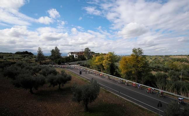 Jumbo Visma y el Mitchelton se retiran del Giro de Italia por culpa del coronavirus