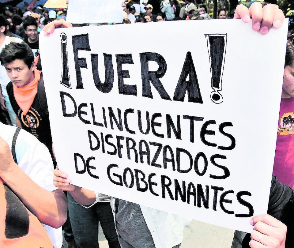 La corrupción en Colombia, un mal más grave que el coronavirus   Economía