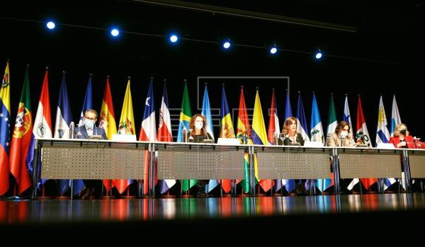 Las ministras y ministros iberoamericanos acuerdan medidas para mejorar la educación ante el impacto del COVID-19
