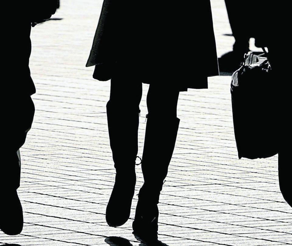 Mujeres sufren más desempleo de los hombres según el Dane - Sectores - Economía